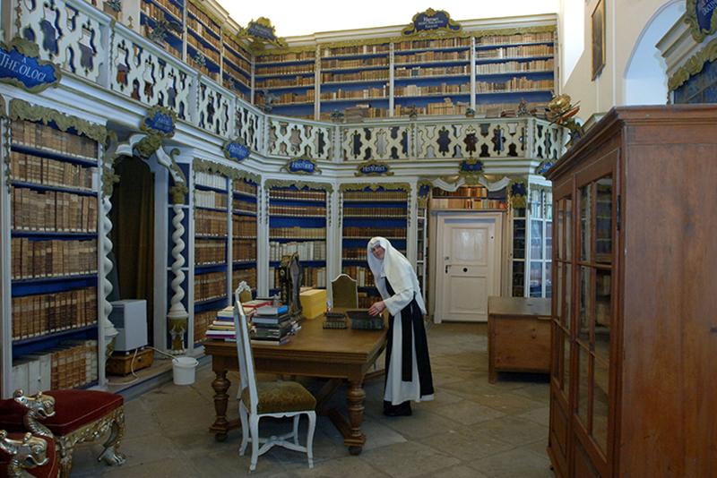 Blick in die barocke Saalbibliothek des Klosters St. Marienthal (Foto: Kloster St. Marienthal)