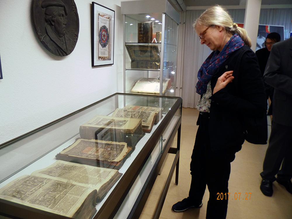 Im Museum der Loge