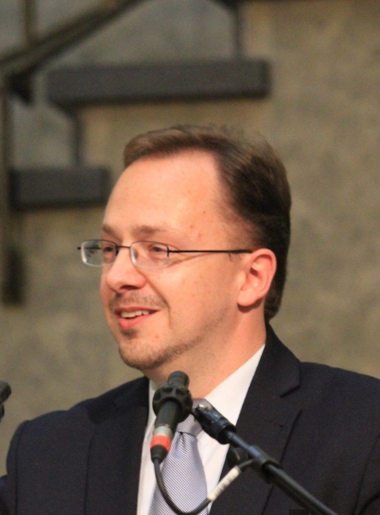 Dr. Daniel Effer-Uhe